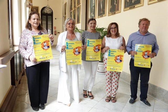 El Ayuntamiento De Málaga Informa: Técnicas De Soporte Vital Básico Actividades Preventivas En Salud En Las Playas Malagueñas