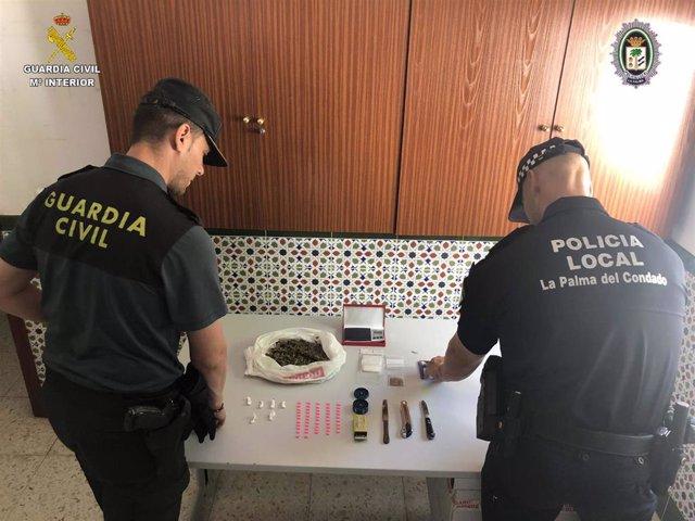 Foto de archivo de una actuación policial contra el tráfico de drogas.