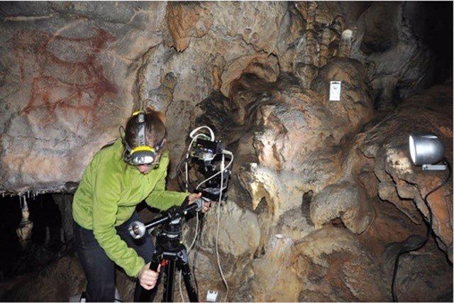 La cueva de la Garma, ubicada en Ribamontán al Monte, ha sido objeto de una tesis doctoral en Química Física y Química Analítica defendida en la prestigiosa Universidad de la Sorbona, en París