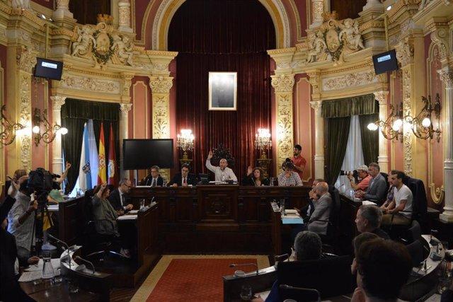Celebración del pleno municipal de Ourense