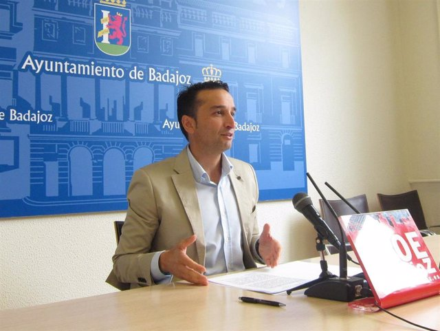 Ricardo Cabezas, en rueda de prensa