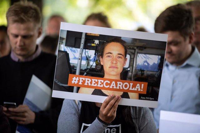 Manifestación a favor de Carola Rackete, capitana del 'Sea Watch 3'