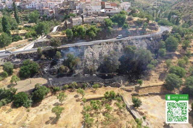 Fuego controlado en las inmediaciones de Bacares (Almería)
