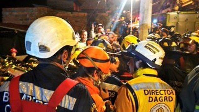 Bomberos de Medellín durabte el rescate