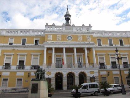 """Unidas Podemos-IU-Equo de Badajoz cree que la ultraderecha """"nunca"""" ha dejado de estar presente en las instituciones"""
