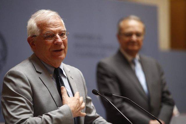 El ministro de Asuntos Exteriores, Unión Europea y Cooperación en funciones, Josep Borrell, durante su intervención en el acto de reconocimento y entrega de condecoraciones al Equipo Técnico Español de Ayuda y Respuesta a Emergencias (START), celebrado en