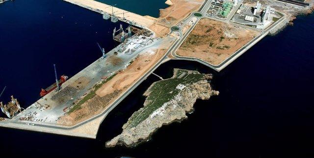 El Puerto de Cartagena da cabida a nuevas mercancías