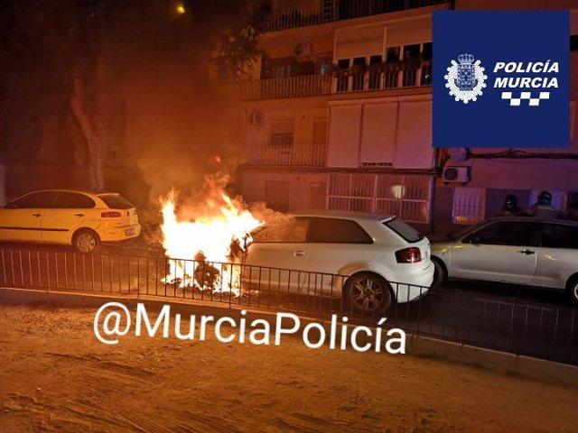 Imagen del turismo en llamas