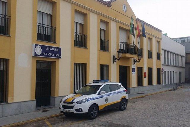 Vehículo de la policía local de Talavera la Real