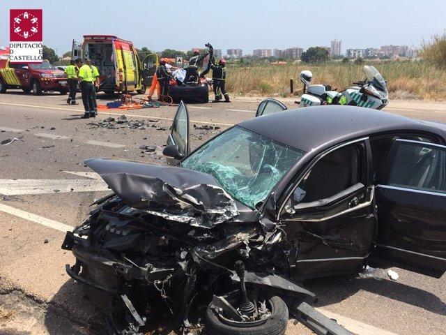 Vehículo incolucrado en el accidente de la N-340 en Benicassim donde han resultado heridas seis personas
