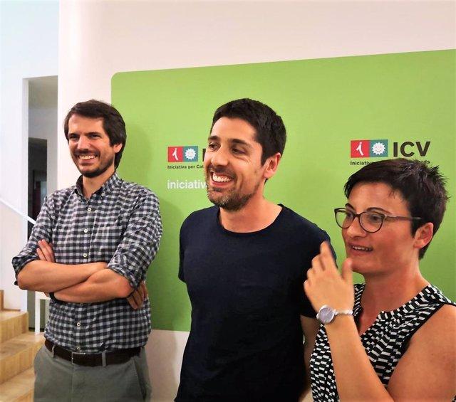 El portavoz de ICV, Ernest Urtasun; el coordinador nacional de ICV, David Cid, y la coordinadora nacional de ICV, Marta Ribas