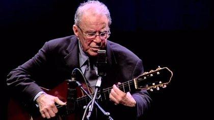 Muere el músico brasileño João Gilberto, padre de la bossa nova, a los 88 años