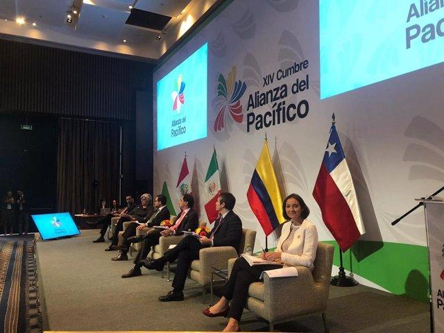 Imagen del panel de ministros de Comercio al inicio de la XIV Cumbre de la Alianza del Pacífico.