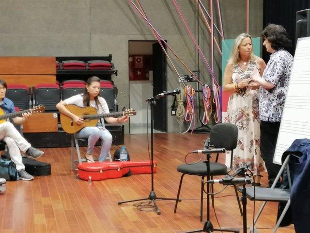 La primera teniente de alcalde del Ayuntamiento de Córdoba y secretaria andaluza de Programas y Áreas Sectoriales de Cs, Isabel Albás, en el Festival de la Guitarra de Córdoba