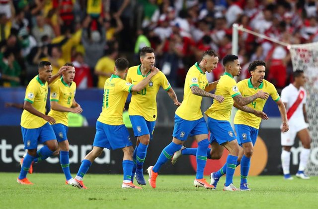 Brasil conquista 'su' Copa América ante Perú