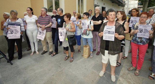 Convocatòria De Concentració En Suport De La Víctima De 'La Manada' De Manresa