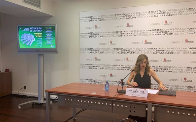 La directora de Políticas Culturales, Mar Sancho, en la presentación de la programación veraniega de la OSCyL.