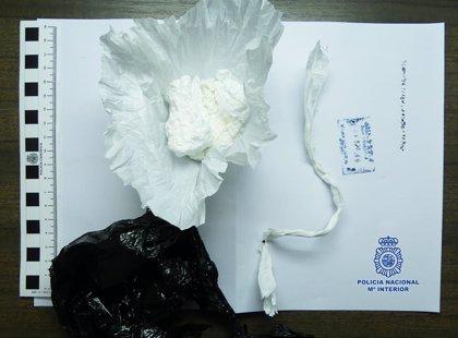 Detienen a una paraguaya como presunta autora de un delito tráfico de drogas en Yecla (España)
