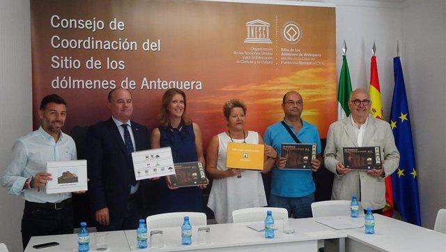 Presentación del I Festival Mengastones en Antequera para conmemorar el tercer aniversario de la declaración del Sitio de los Dólmenes como Patrimonio Mundial de la Unesco y presentación de una guía de pictogramas para personas con trastorno del espectro