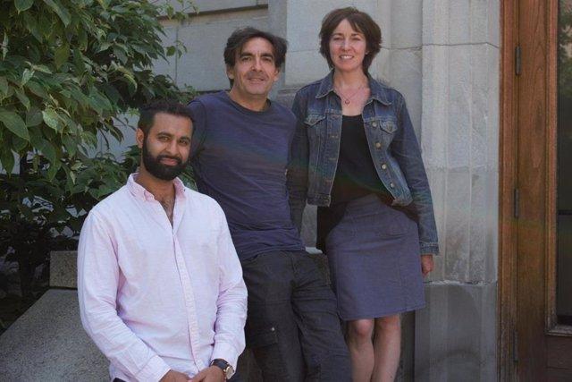 Mena Abdel-Nour, Stephen Girardin y Dana Philpott.