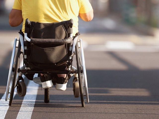 Silla de ruedas, lesión medular