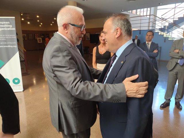 José Sánchez Maldonado y Javier Tebas, en los Cursos de Verano de la UNIA en Málaga