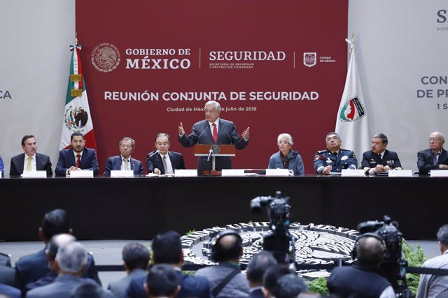 08 July 2019, Mexico, Mexico City: Mexican President Andres Manuel Lopez Obrador (C) speaks during a joint security meeting with secretaries of state and governors. Photo: -/El Universal via ZUMA Wire/dpa