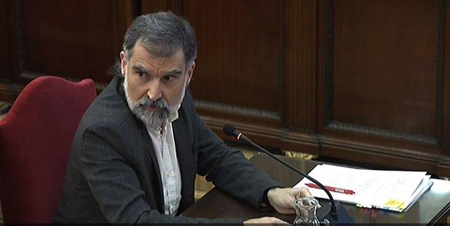 El presidente de Òmnium Cultural, Jordi  Cuixart, durante su interrogatorio, en la séptima jornada del juicio del Porcés en el Tribunal Supremo.
