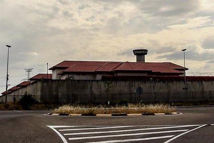 Los médicos de prisiones advierten a Interior de que irán a huelga indefinida si no se aumenta la plantilla