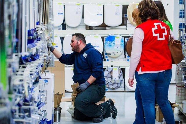 Cruz Roja presta apoyo y asesoramiento laboral