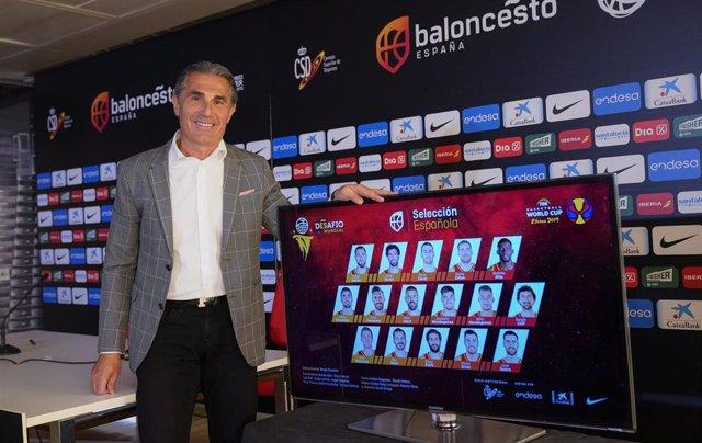 Sergio Scariolo con la lista para el Mundial de China