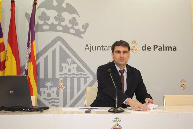El tinent de batlia d'Economia, Hisenda i Innovació de Cort, Julio Martínez.
