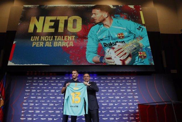 Presentación del portero del FC Barcelona Neto