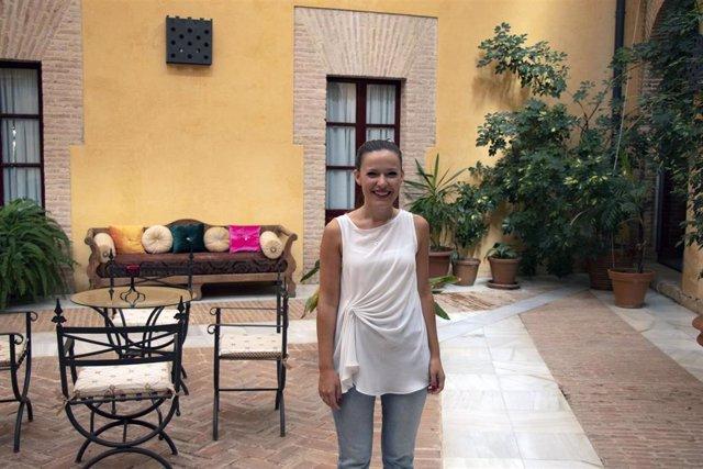 La psicóloga sanitaria Cristina Andrades en los cursos de verano de la Universidad Pablo de Olavide (UPO)