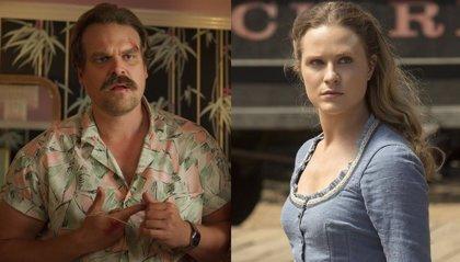 """Evan Rachel Wood denuncia el machismo de Hopper en Stranger Things 3: """"Nunca salgáis con un tipo como él"""""""