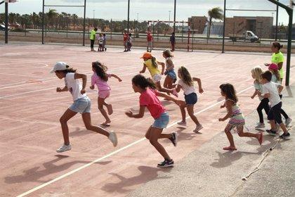 El CERMI y Autismo España denuncian al Defensor del Pueblo las expulsiones de niños con autismo de campamentos de verano