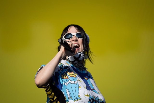 30 June 2019, England, Glastonbury: Billie Eilish performs on the fifth day of the Glastonbury Festival at Worthy Farm in Somerset. Photo: Aaron Chown/PA Wire/dpa