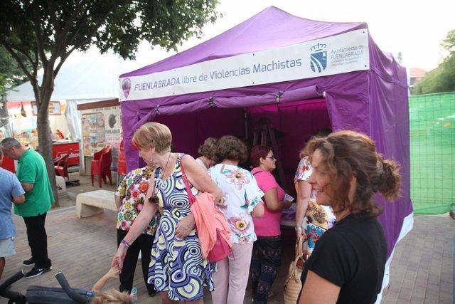 Voluntarios se forman en violencia de género en Fuenlabrada.