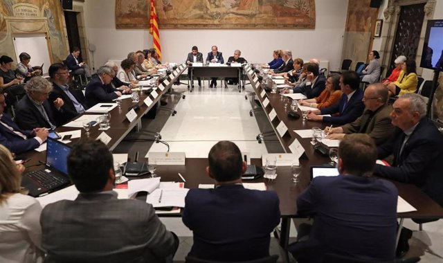 Reunión del Codiscat con el pte.Q.Torra, el conseller C.El Homrani y el pte.De Cocarmi A.Guillén