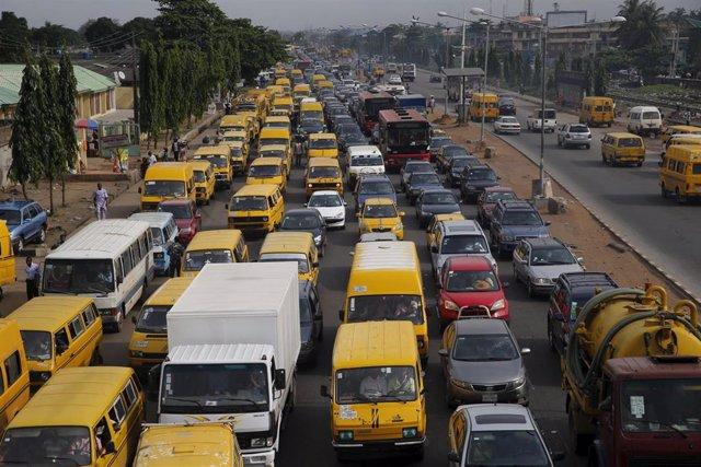 Atasco en la ciudad nigeriana de Lagos