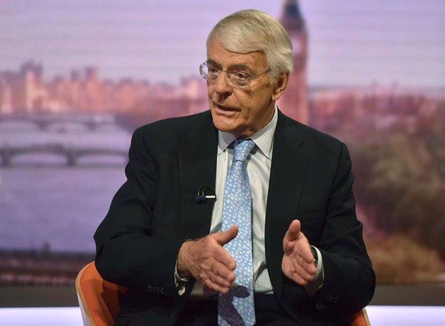 Brexit.- John Major pondrá en marcha una acción legal si Johnson suspende el Parlamento para sacar adelante el Brexit