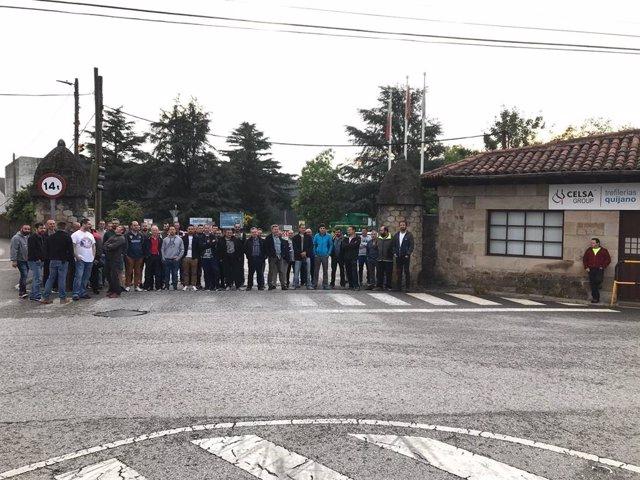 Concentración de trabajadores de la antigua Trefilerías Quijano, en junio