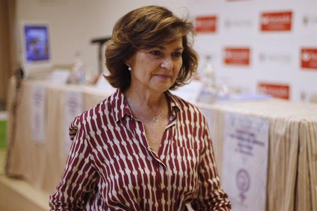 La vicepresidenta del Govern en funcions, Carmen Calvo, imparteix la conferència inaugural 'Feminisme, memòria i Govern' en el curs 'Feminisme i moviment obrer. Una història de conquestes' dins del programa dels Cursos d'Estiu de l'Escorial