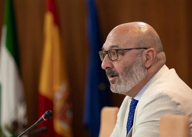 Rueda De Prensa Del Portavoz Del Grupo Parlamentario De Vox En Andalucía, Alejandro Hernández