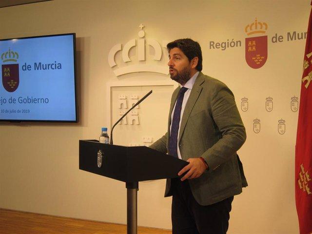 El presidente de la Comunidad en funciones, Fernando López Miras