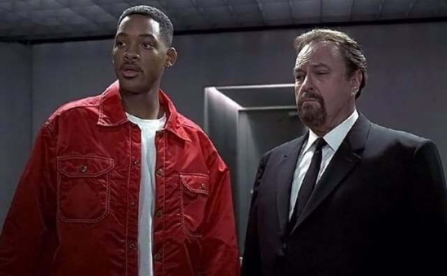 Rip Torn en Men in Black