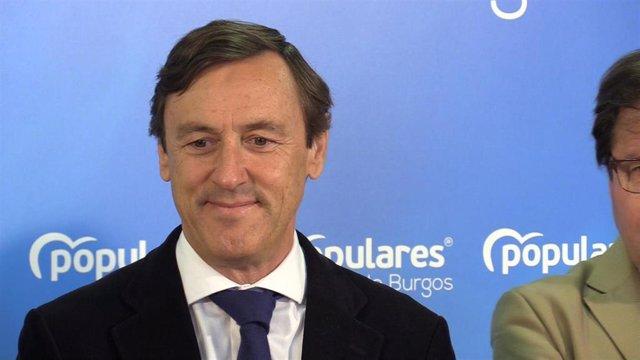 Rafael Hernando en un acto del PP en Burgos
