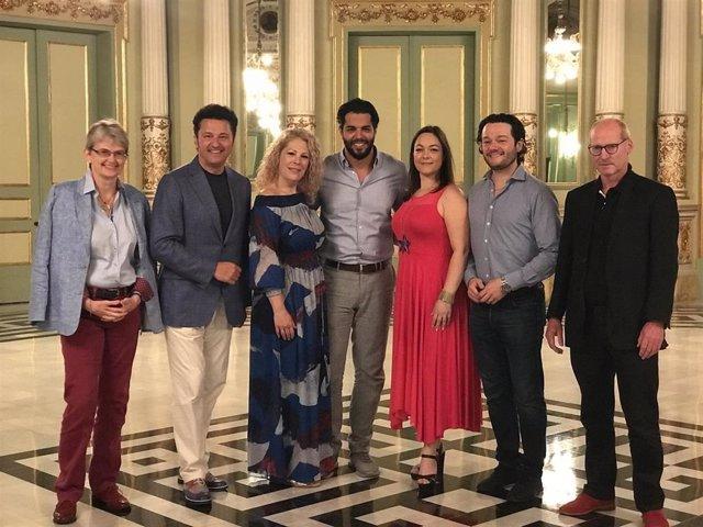 Elenco de la ópera 'Luisa Miller' con C.Schepelmann, P.Beczala, S.Radvanovsky, D. Hindoyan, E.Burratto, A.Chacón-Cruz y U.Senn