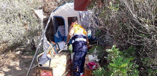 Desmantellament d'assentaments il·legals a Eivissa.