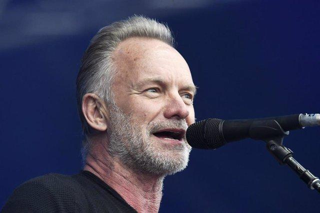 El artista Sting durante un concierto en Kaisaniemi (Finlandia)